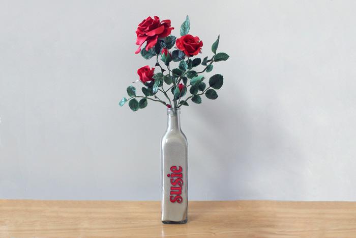Susie's roses 12-2013 700px